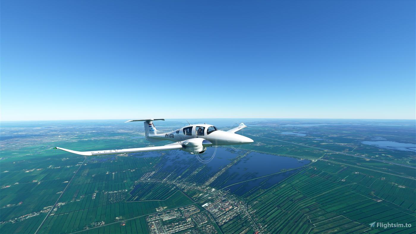 KLM DA62