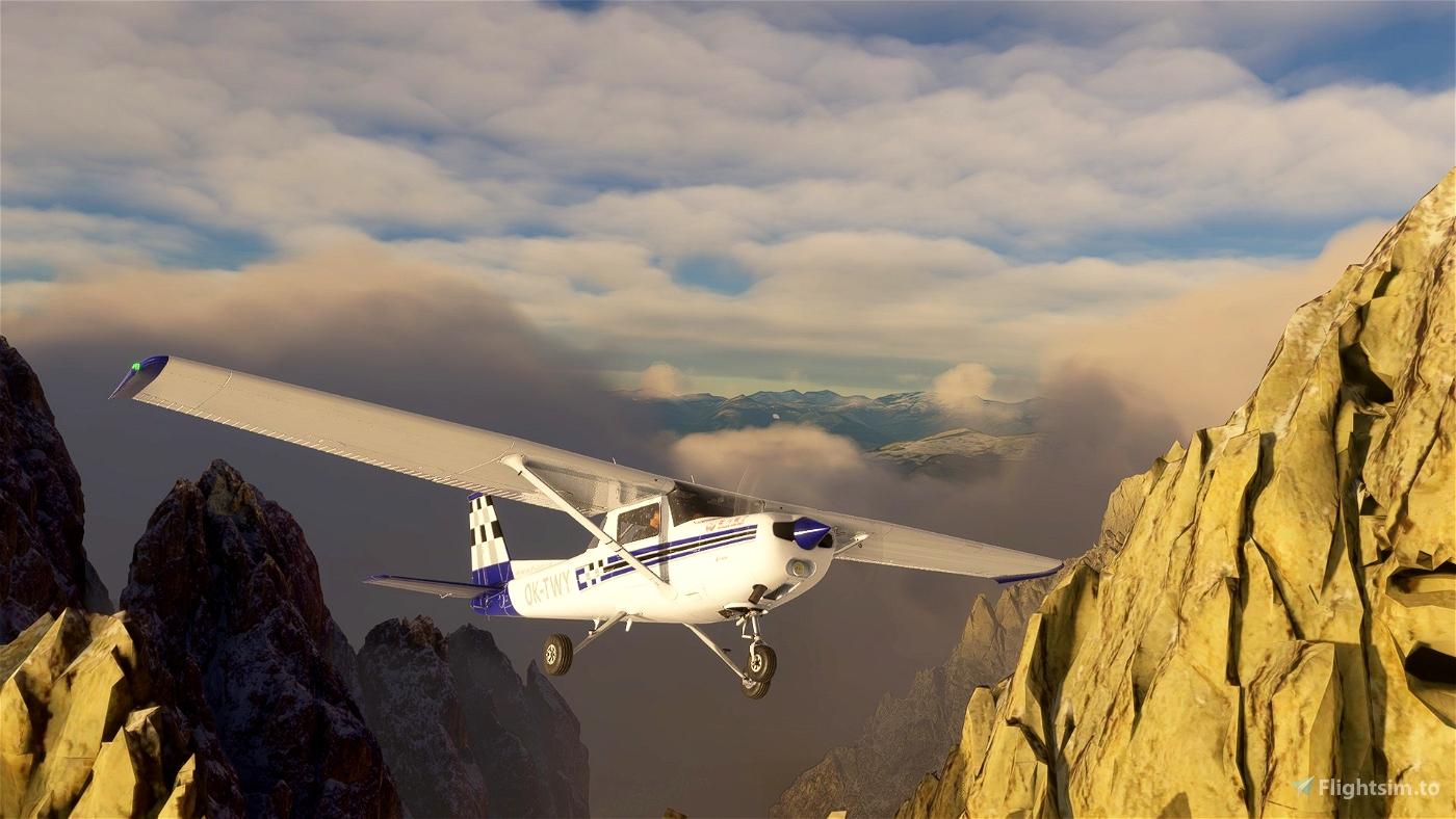 Cessna 152  F-Air OK-TWY (Czech)