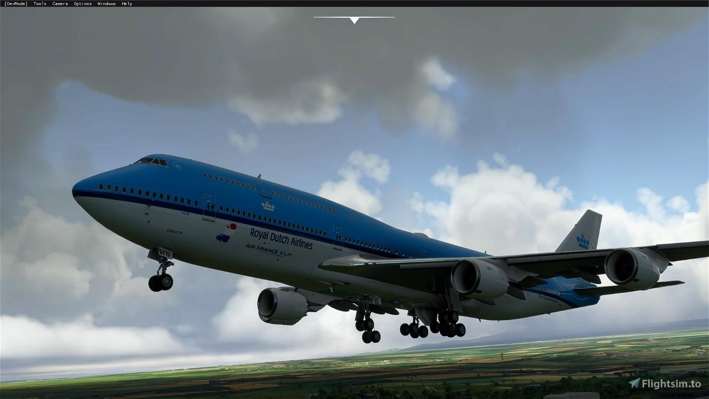 Boeing 747-8 KLM Jakarta