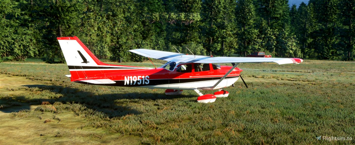 C172 Classic - Reims inspired red and black. Flight Simulator 2020
