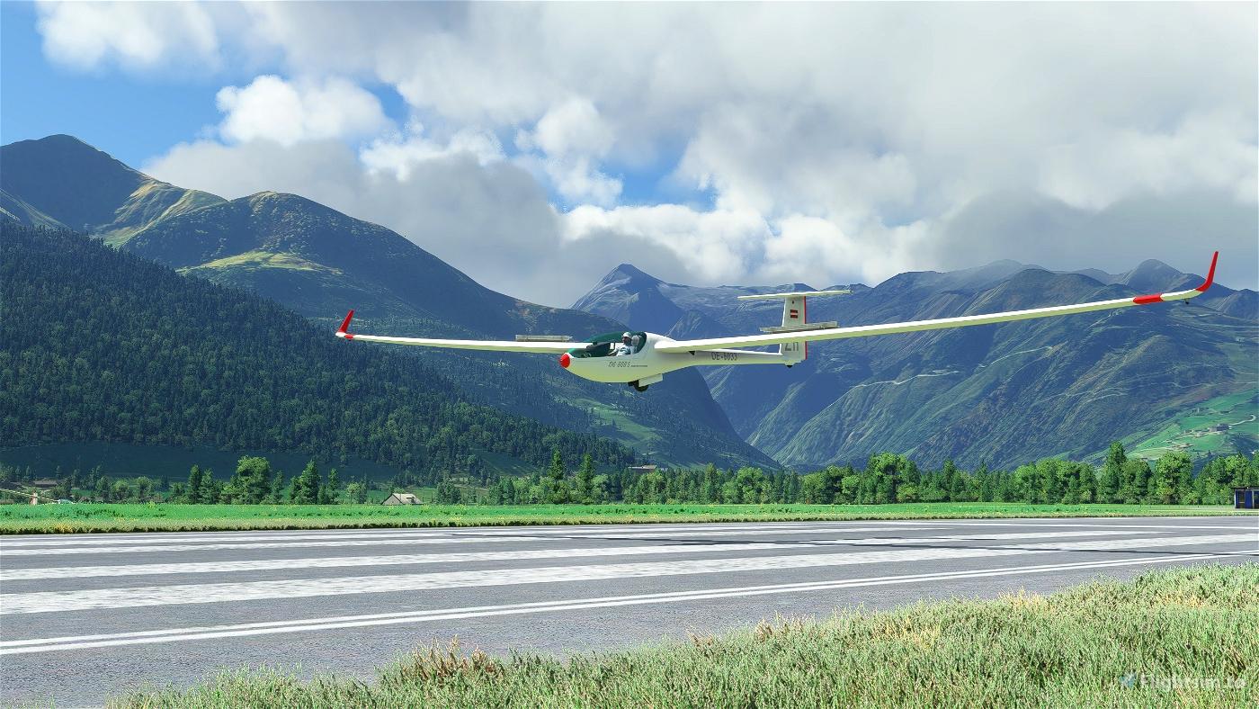 DG Flugzeugbau DG808S Landing challange LOWZ Zell am See