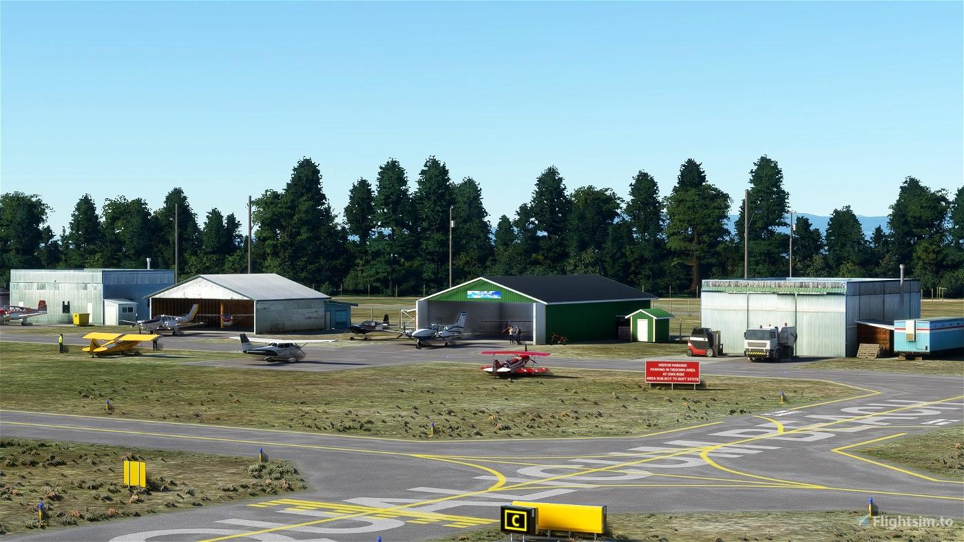 CAT4_Qualicum Beach airport