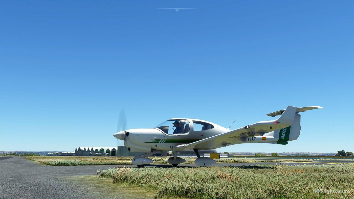 Aerotec EC-IQE | Asobo DA40 NG